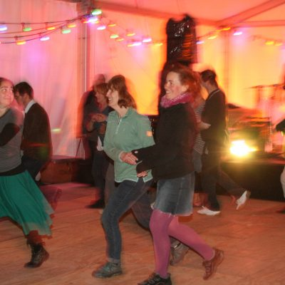 Ceilidh dancing to Hekety by Meg Hanlon